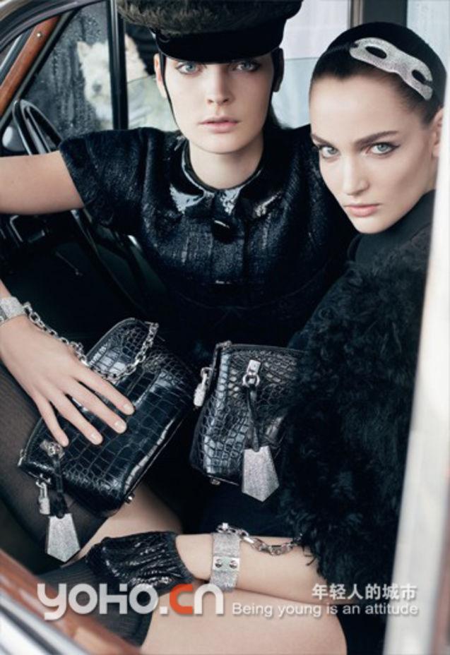 秋冬 广告/全球知名奢侈品牌Louis Vuitton近日推出了2011秋季新品平面广告...