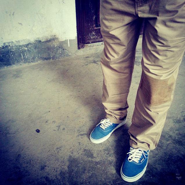 蓝色 个性 鞋子/Vans 之前在有货上购的.我买的鞋子大多是蓝色的,超喜欢!